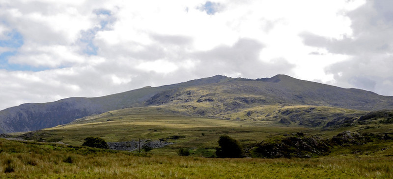 Looking east to Snowdon from north of Rhyd Ddu, Mon 22 August 2011 - 1114.