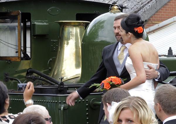823 Countess, Llanfair Caereinion, Fri 26 August 2011 2.  The happy couple.