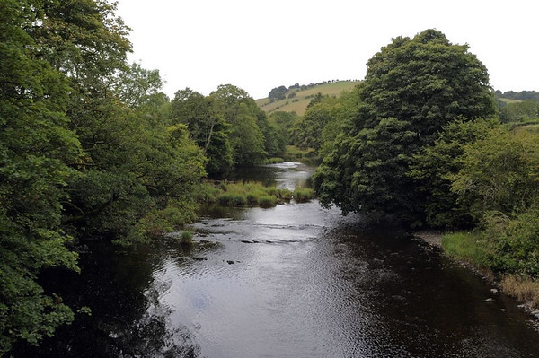 Looking west along the River Banwy, Fri 26 August 2011.