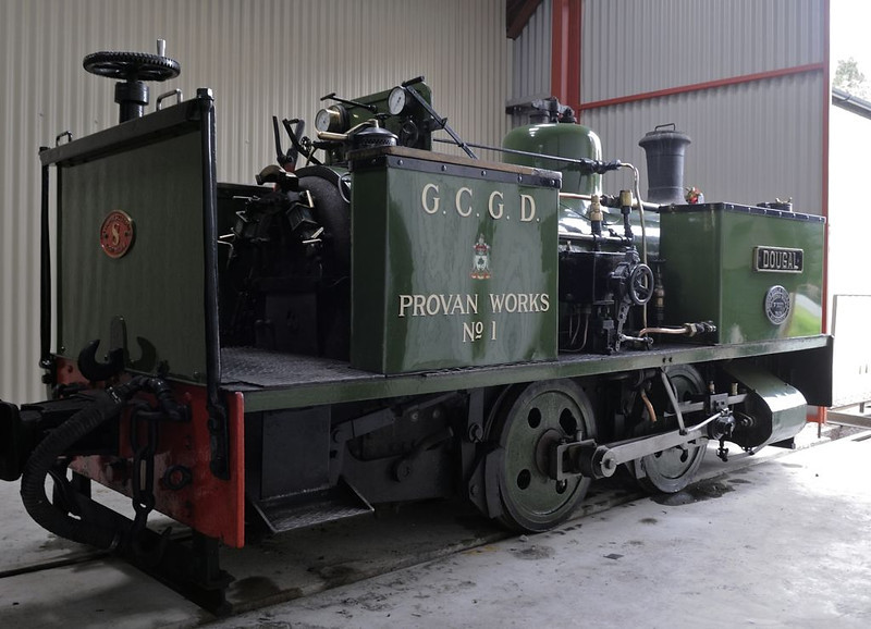 Dougal, Welshpool, Fri 26 August 2011.  Barclay 0-4-0T 2207 / 1946, built for Glasgow Corporation's Provan gasworks.