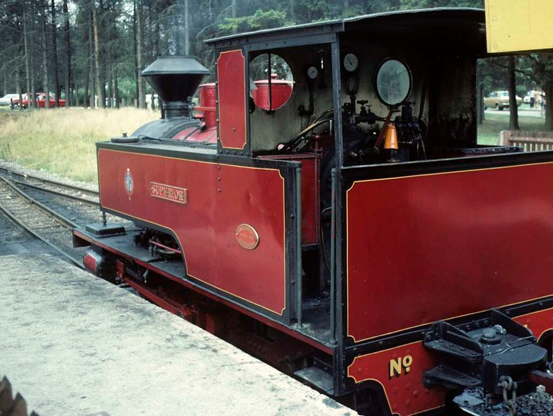 No 4 Superior, Whipsnade station, 25 July 1976 1.    It is still at Whipsnade in 2018.  Photo by Les Tindall.