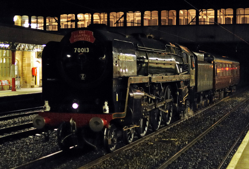 70013 Oliver Cromwell, 5Z26, Lancaster, Fri 19 March 2010 - 2130 1    The Brit heads from Preston to Carnforth with its support coach.