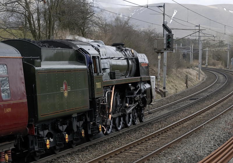 70013 Oliver Cromwell, 1Z22, Grayrigg, Fri 19 March 2010 - 1152 3