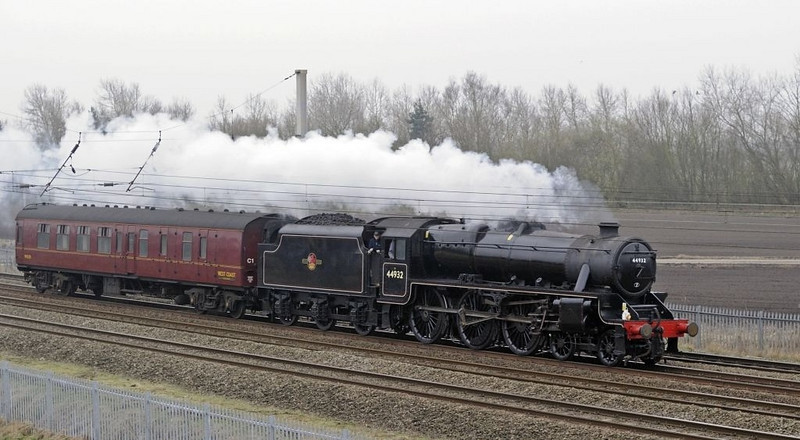 44932, 5Z47, Winwick, Wed 16 March 2010 - 1655.    A Southall - Carnforth move.