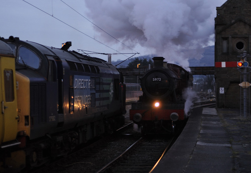 37682 (3Q03) & 5972 Hogwarts Castle (0Z29), Carnforth, Wed 16 January 2012 - 1643  The Harry Potter loco arrives light from York NRM as the 37 prepares to set off to Carlisle via the coast with Network Rail's ultrasonic test train.