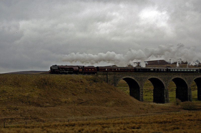 6233 Duchess of Sutherland, Garsdale, 22 March 2005 3.