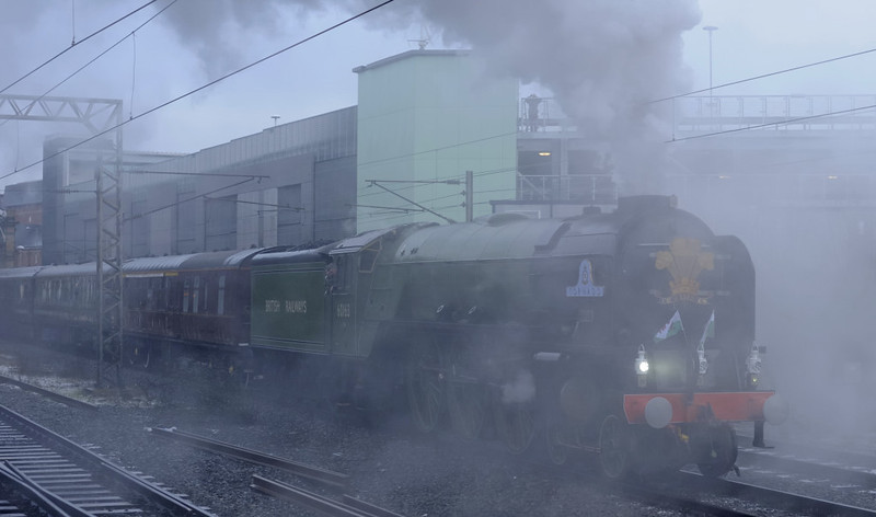 60163 Tornado, Preston, Thurs 4 February 2010 3 - 0844   Tornado gets under way in a cloud of steam.  The train was reported to comprise 14007 (60163's support coach), 2921, 2904, 2922, 2923, 2916, 2917, 2915 and 2920.