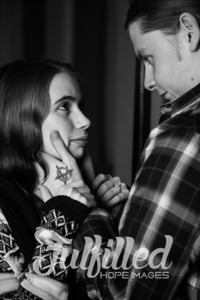 Brittany and Adam Maternity Shoot 2017 (16)