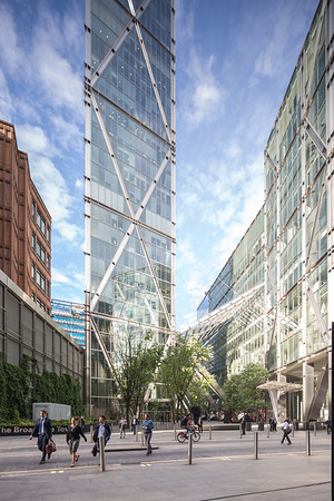 Broadgate Plaza 013