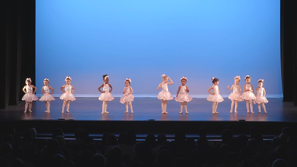2-11-Ballet-Tap Combo 3-4yr Sun 11am-Dance of the Wee Hours