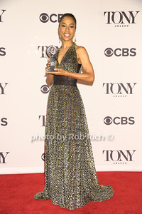 """Sohoie Okonedo (from """"A Raisin in the Sun"""") wins Best Performance by an Actress in a Featured Role in a Play  photo by Rob Rich/SocietyAllure.com © 2014 robwayne1@aol.com 516-676-3939"""