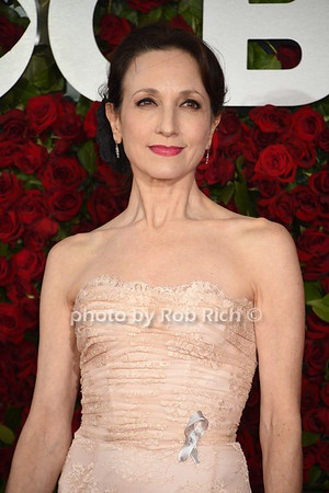 Bebe Neuwirth photo by Rob Rich/SocietyAllure.com © 2016 robwayne1@aol.com 516-676-3939
