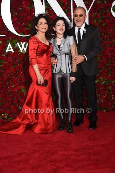 Gloria Estefan, Emily Estefan, Emilio Estefanphoto by Rob Rich/SocietyAllure.com © 2016 robwayne1@aol.com 516-676-3939