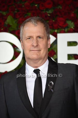 Jeff Daniels photo by Rob Rich/SocietyAllure.com © 2016 robwayne1@aol.com 516-676-3939