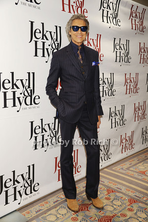 Tommy Tune photo by Rob Rich/SocietyAllure.com © 2013 robwayne1@aol.com 516-676-3939