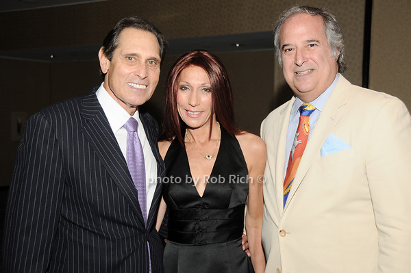 Leslie Feldman,Susan Roufberg, Stewart Lane<br /> all photos by Rob Rich © 2010 robwayne1@aol.com 516-676-3939