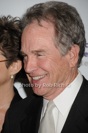 Warren Beatty<br /> photo by Rob Rich © 2010 robwayne1@aol.com 516-676-3939