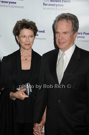 Annette Bening, Warren Beatty<br />  <br /> photo by Rob Rich © 2010 robwayne1@aol.com 516-676-3939