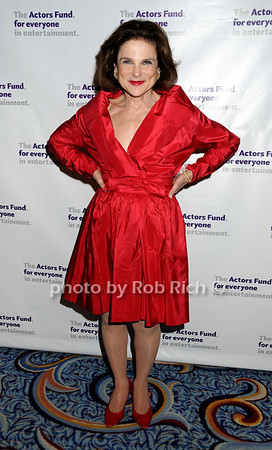 Tovah Feldshuh<br /> photo by Rob Rich © 2010 robwayne1@aol.com 516-676-3939