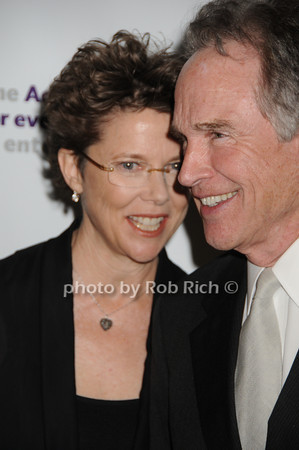 Annette Bening, Warren Beatty<br /> photo by Rob Rich © 2010 robwayne1@aol.com 516-676-3939