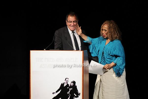 Kenny Ortega, Roberta Flack photo by Rob Rich © 2010 robwayne1@aol.com 516-676-3939