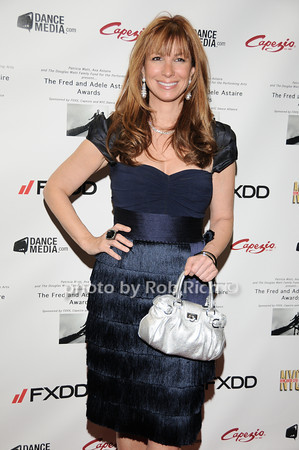 Jill Zarin photo by Rob Rich © 2010 robwayne1@aol.com 516-676-3939