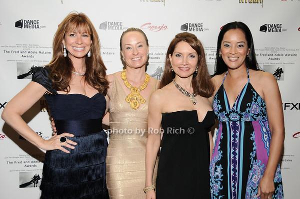 Jill Zarin, Robin Cofer, Jeanne Shafiroff, Cassandra Seidenfeld Lyster photo by Rob Rich © 2010 robwayne1@aol.com 516-676-3939