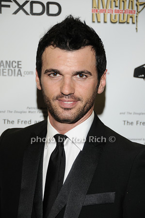 Tony Dovolani