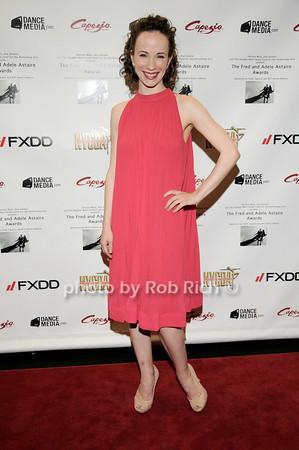 Laura Mead  photo by Rob Rich © 2010 robwayne1@aol.com 516-676-3939