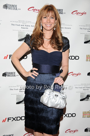 Jill Zarin  photo  by Rob Rich © 2010 robwayne1@aol.com 516-676-3939