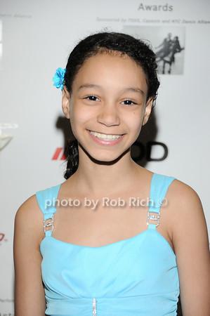 Kyra Siegel photo by Rob Rich © 2010 robwayne1@aol.com 516-676-3939