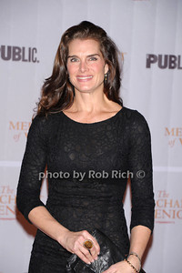 Brooke Shields photo by Rob Rich © 2010 robwayne1@aol.com 516-676-3939