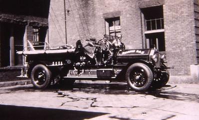ENGINE 2 1917 SEAGRAVE