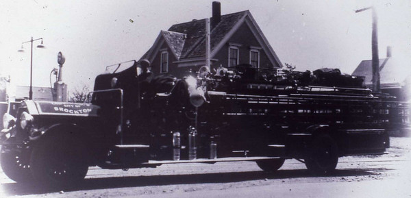 LADDER 3 1921 SEAGRAVE CITY SERVICE. IN SERVICE UNTIL 1946 THEN USED A RESERVE TRUCK