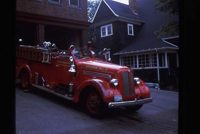 Engine 4, 1948 Seagrave 750 gpm