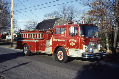 Engine 2 a 1970 Mack CF 1000 gpm, later became reserve Engine 8