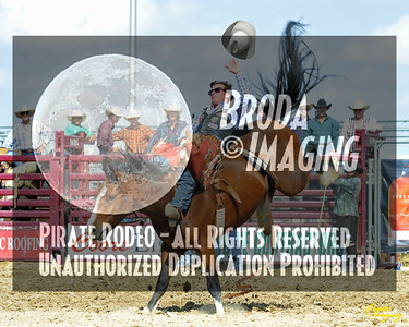 California Finals Rodeo 2015 Perf1, D1-32 ©Broda Imaging