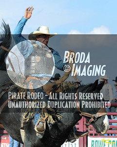 California Finals Rodeo 2015 Perf1, D1-175 ©Broda Imaging