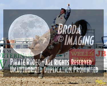 California Finals Rodeo 2015 Perf1, D1-41 ©Broda Imaging