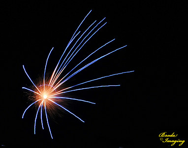 Fireworks In The Wind-32 Copyright July4'14 Broda Imaging