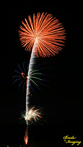 Fireworks In The Wind-49 Copyright July4'14 Broda Imaging