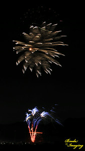 Fireworks In The Wind-64 Copyright July4'14 Broda Imaging