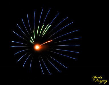Fireworks In The Wind-89 Copyright July4'14 Broda Imaging