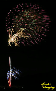 Fireworks In The Wind-66 Copyright July4'14 Broda Imaging