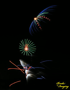 Fireworks In The Wind-92 Copyright July4'14 Broda Imaging