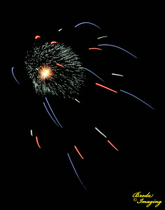 Fireworks In The Wind-13 Copyright July4'14 Broda Imaging