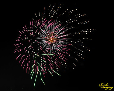 Fireworks In The Wind-20 ©Broda Imaging 2015