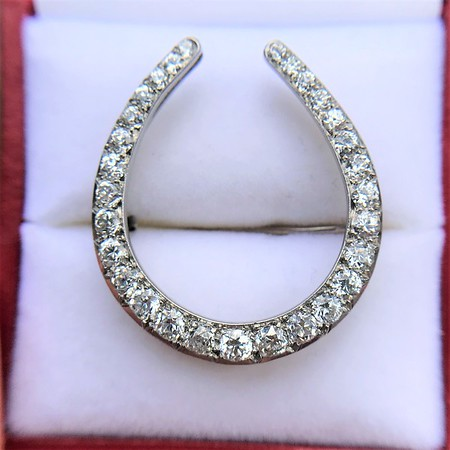 1.60ctw Platinum Horseshoe Brooch
