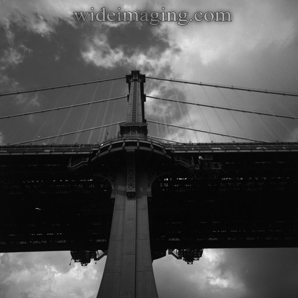 Williamsburg Bridge, South side of Brooklyn tower, July 2nd 2009