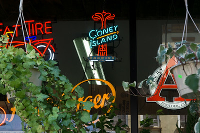 I want one of those Coney Island neons.